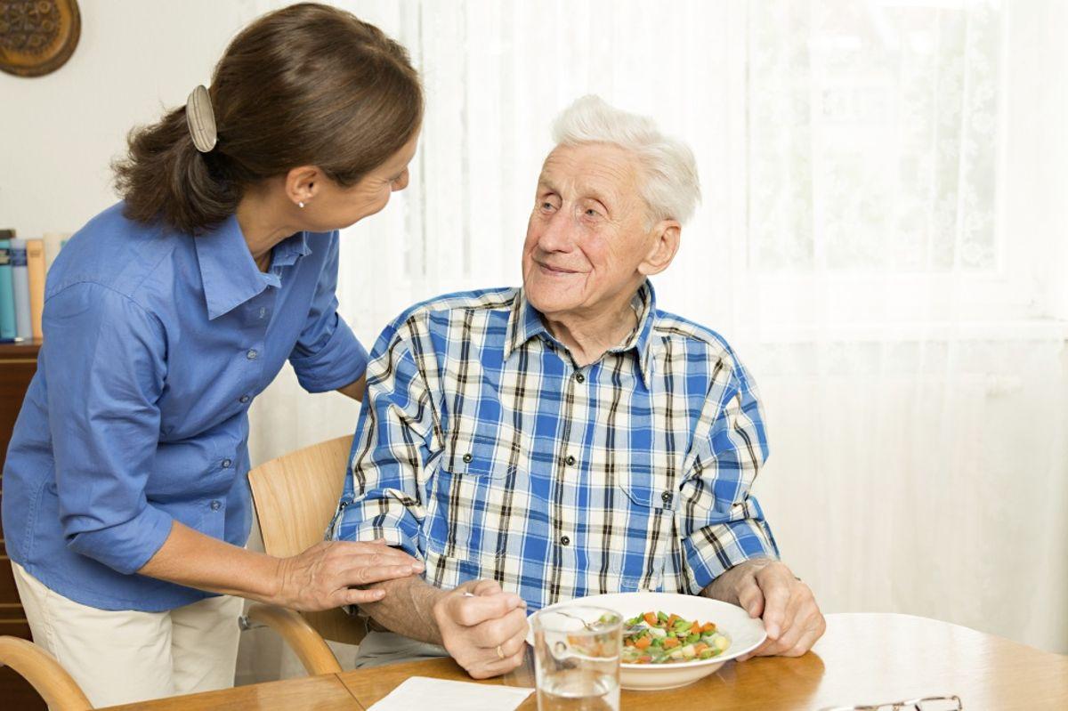 Уход за пожилыми людьми 10